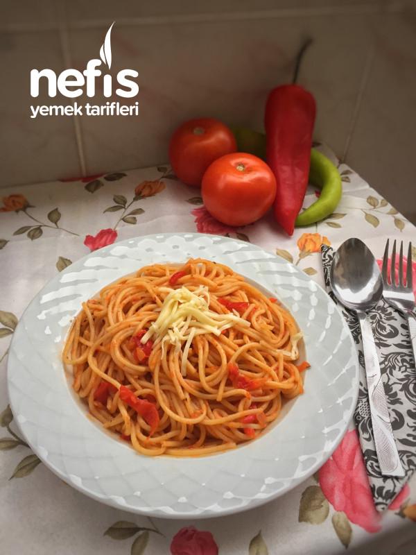 Köz Biberli Domatesli Spagetti