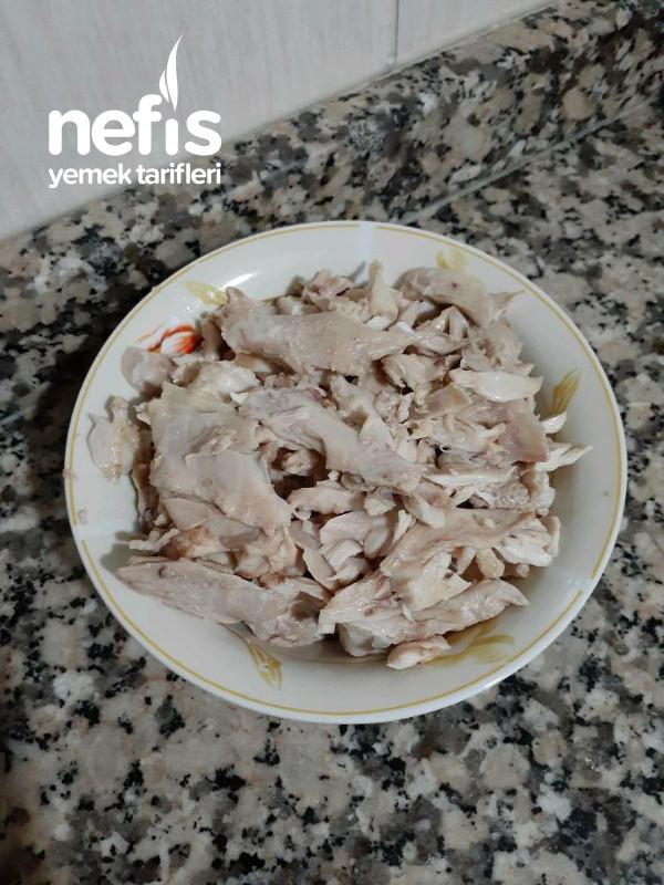 Tavuk Çorbası (Restoran Usülü)