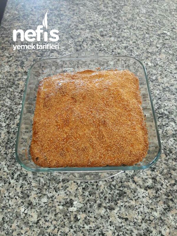 Az Malzemeli Ispanaklı Çörek