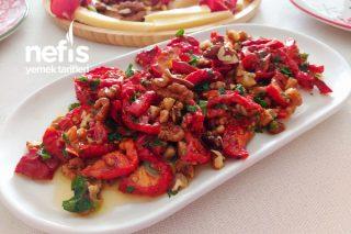 Kahvaltılarınıza Lezzet Katacak Kuru Domates Salatası Tarifi
