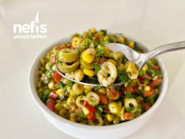 Yeşil Zeytin Salatası (videolu)