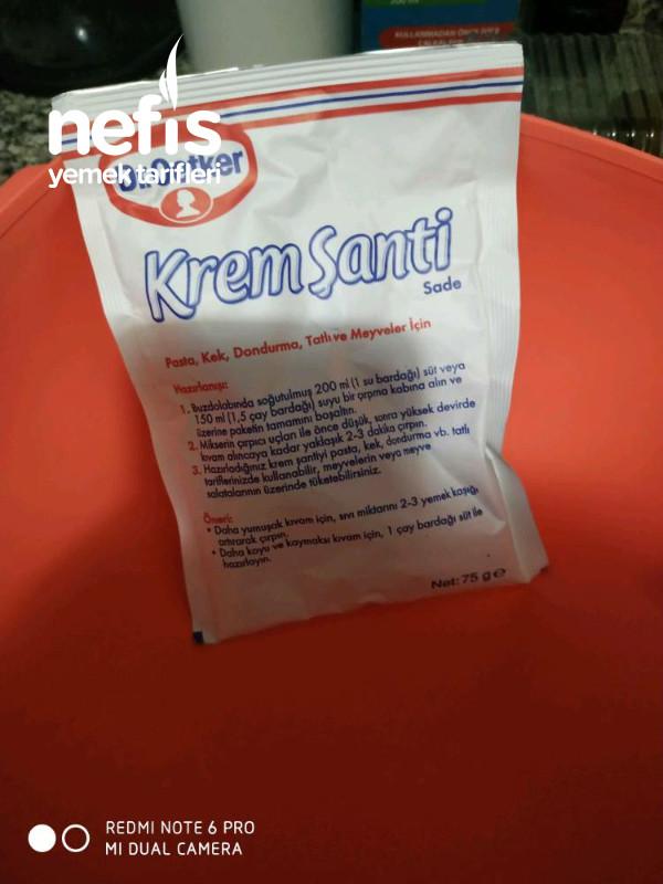 Krem Şanti İle Kakaolu Enfes Dondurma Tarifi