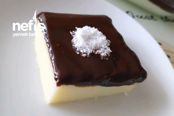Çikolata Soslu İrmik Tatlısı