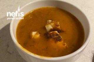 Hellim Peynirli Tarhana Çorbası Tarifi