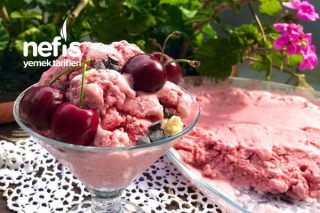 Çilekli Dondurma Tarifi