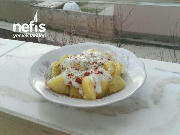 Yoğurtlu Patates (Hafif Akşam Yemeği)