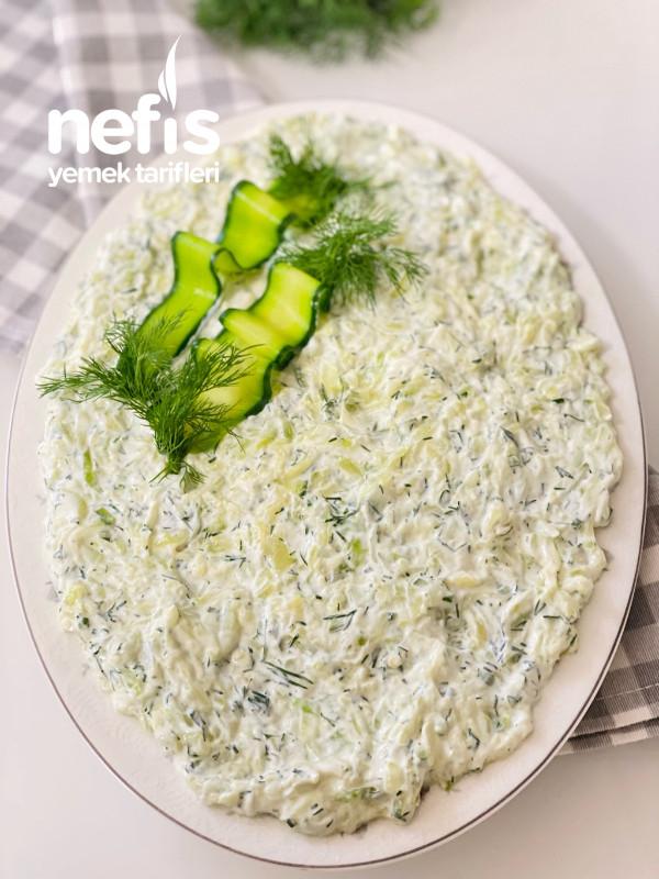 Yoğurtlu Kabak Salatası