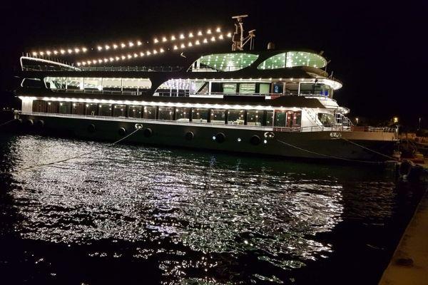 teknede iftar yemeği