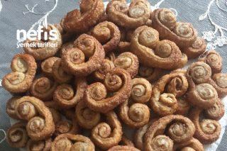 Oldukça Kolay Az Malzemeli Tarçınlı Şekerli Milföy Kurabiye Tarifi
