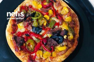 Pratik Pizza (Hamburger Ekmeğinden) Tarifi