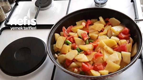 Çayınız Demleninceye Kadar Hazır Patates Sote