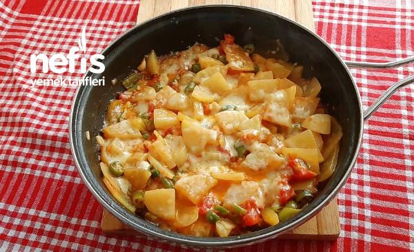 Çayınız Demleninceye Kadar Hazır Patates Sote (Videolu)