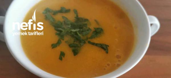 Kalorisi Düşük Bal Kabağı Çorbası
