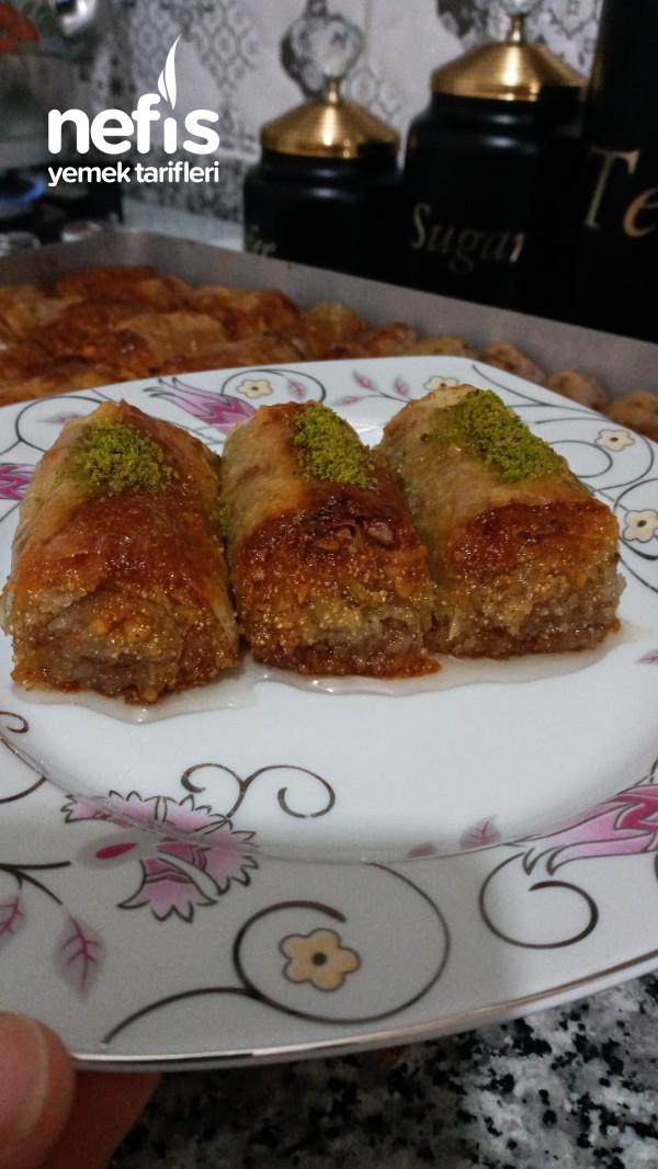 İrmikli Fındıklı Rulo Baklava (yapımı kolay lezzeti olay)