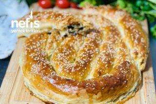 Milföy Hamurunda Ispanaklı Börek Tarifi