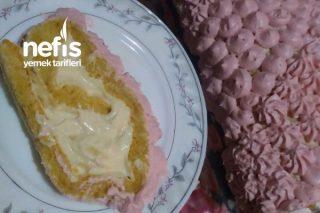 Özel Pastacı Kremasıyla Meyveli Rulo Pasta (Pamuksu Lezzetiyle) Tarifi