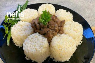 Tane Tane Pirinç Pilavı Ve Yumuşacık Et Kavurması Tarifi