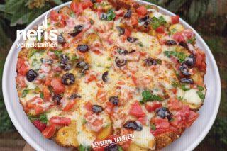 Kahvaltıya 10 Dakikada Hazırlayacağınız Enfes Simit Pizzası Tarifi
