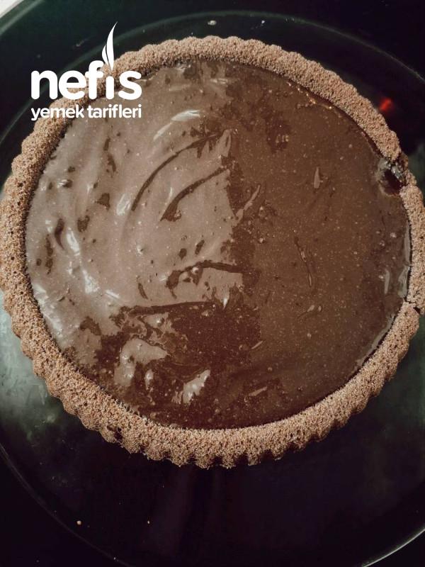 Turta Kabında Çikolatalı Kek