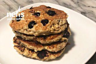 Unsuz Şekersiz Muzlu ve Yaban Mersinli Pancake Tarifi