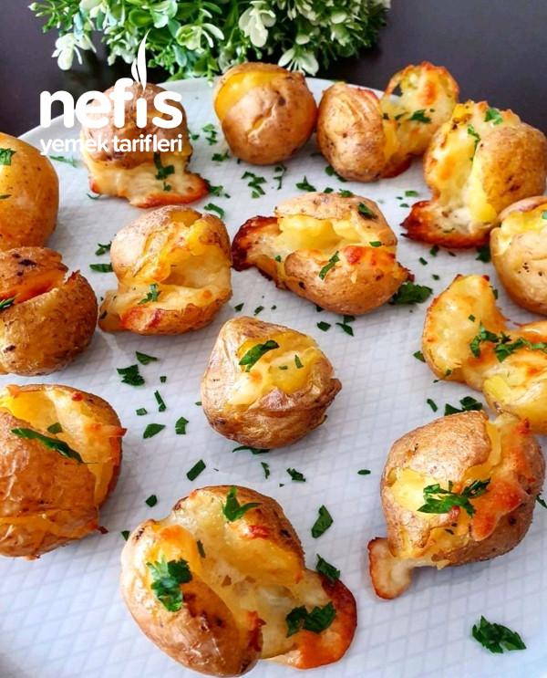 Fırında Kahvaltılık Tereyağlı Kaşarlı Bebek Patatesi