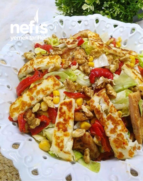 Hellimli Tavuk Salata