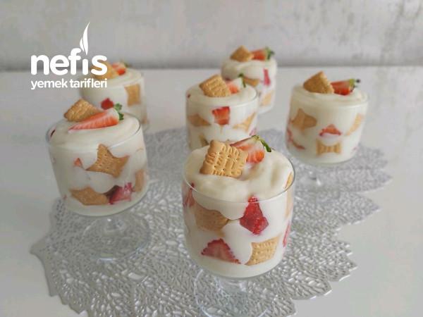 Kupta Sütlü Tatlı /bisküvili Meyveli Sütlü Tatlı (Videolu)