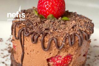 Çikolatalı Çilekli Pasta Tarifi