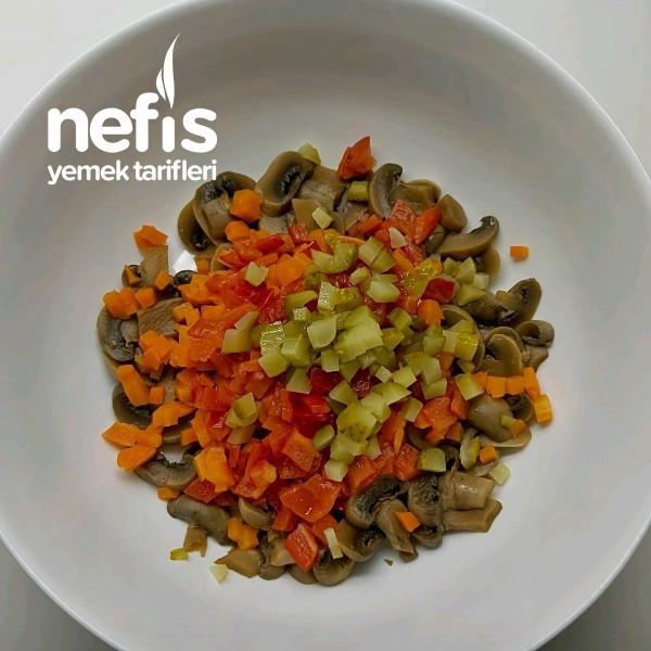 Enfes Mantar Salatası