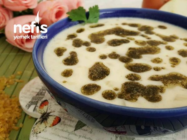 Köfteli Bulgurlu Yoğurt Çorbası (Erzincan)