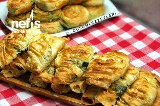 Yumuşacık Ispanak Böreği Tarifi