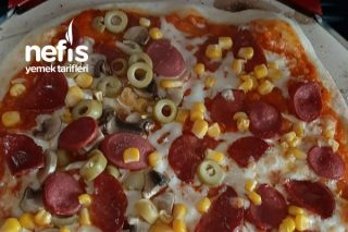 Bol Malzemeli Lezzeti Şahane Pizza Tarifi