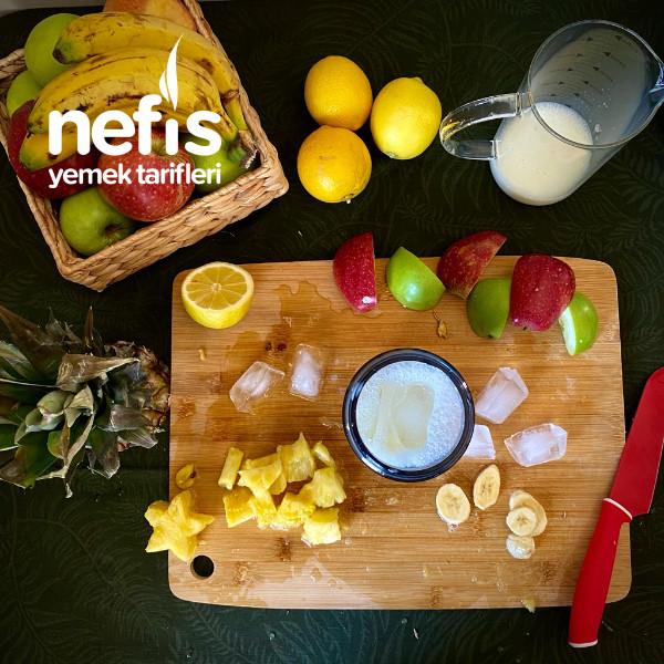 Ananaslı Be Muzlu Smoothie