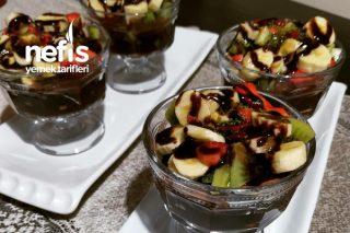 Kupta Meyveli Çikolatalı Pankek Tarifi