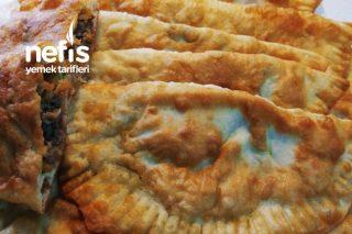 Yemeye Doyamayacağınız Kıymalı Havuçlu Patatesli Çiğ Börek Tarifi