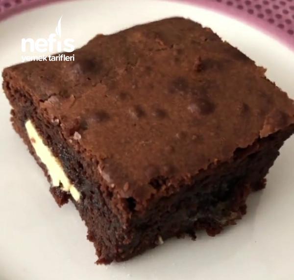 Beyaz Çikolatalı Vişneli Browni