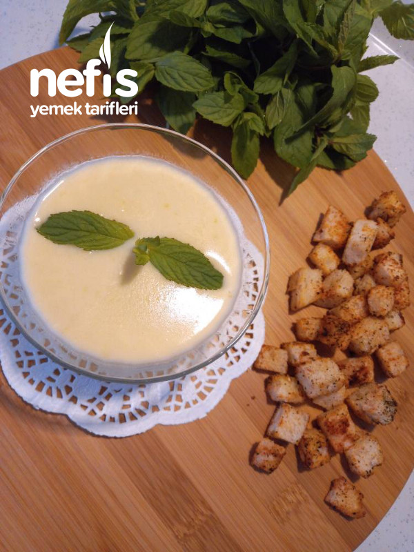Kabak Çorbası (benimle beraber ailede meşhur olan çorba, mutlaka deneyin)