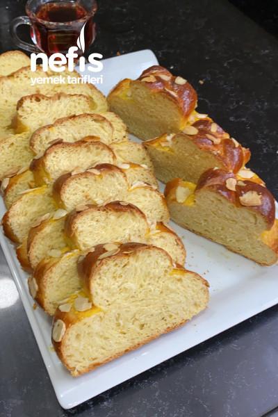 Mahlepli Paskalya Çöreği