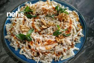 Tavuklu Yeşil Mercimek Salatası Tarifi