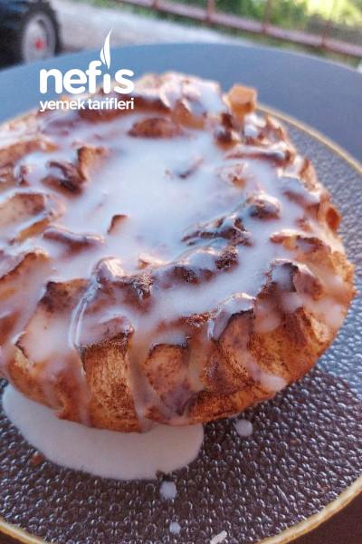 Elmalı Tarçınlı Soslu Kek