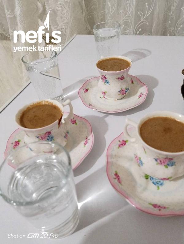 Çikolata Soslu Türk Kahvesi