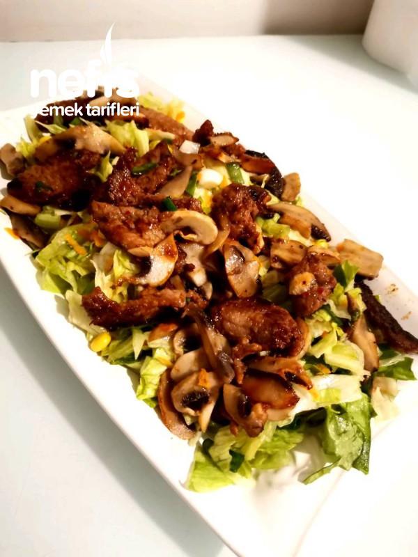 Etli Mantarlı Salata