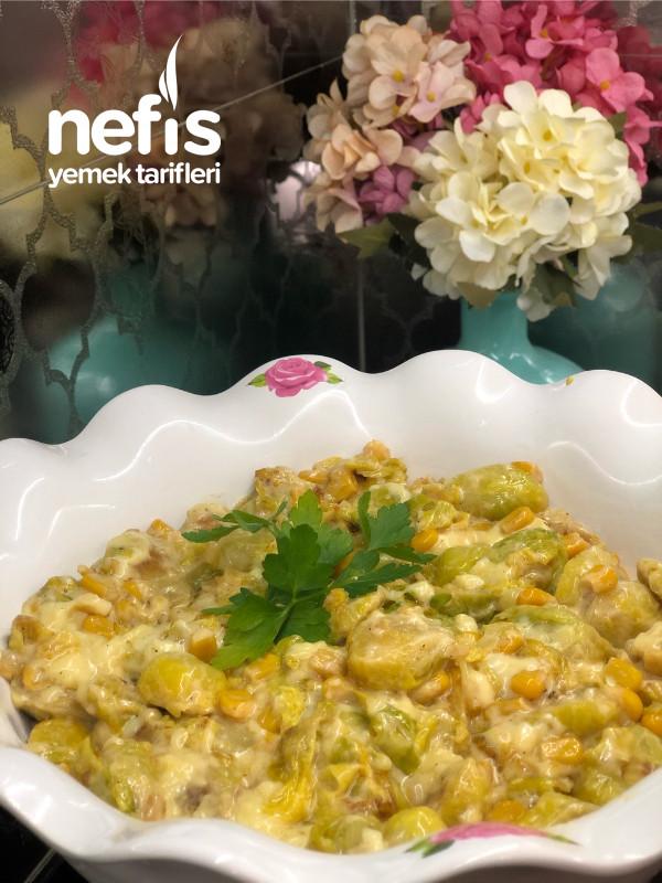 Dünya Mutfaklarının Meşhur Kremalı Soslu Brüksel Lahanası