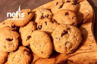 Enfes Çikolata Parçalı Kurabiye Cookies Tarifi