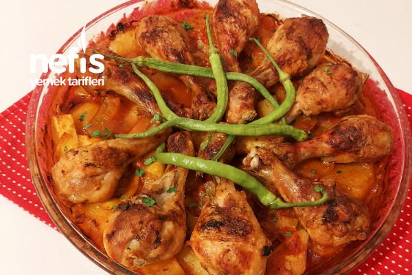 Nefis Sosuyla Fırında Sebzeli Tavuk Baget