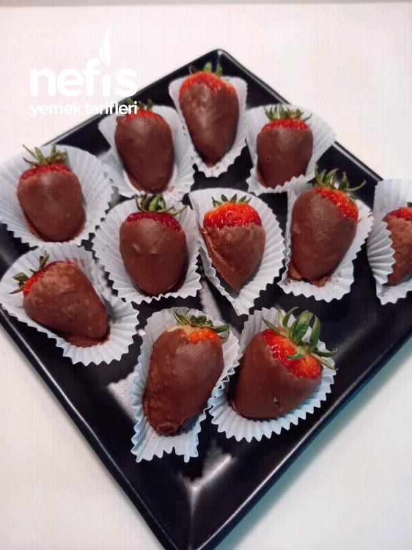 Çikolata Kaplı Çilek