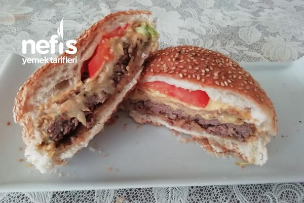 Ev Yapımı Ekmeği İle Hamburger Tarifi (Hazırlarından Farksız)