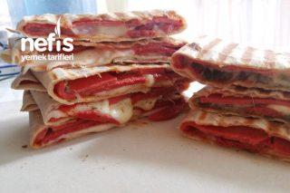 Sahur İçin Lavaş Tost (Pizza Tadında) Tarifi