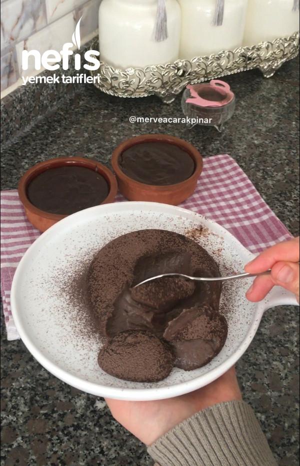 Ev Yapımı Çikolatasız Puding