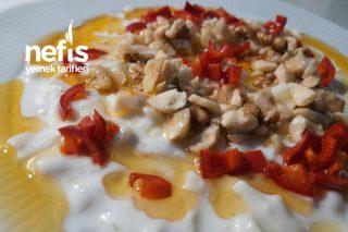 Köz Patlıcanlı Erişte Salatası Tarifi